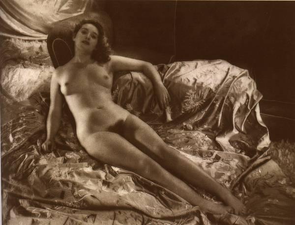 eroticheskie-foto-proshlogo-veka